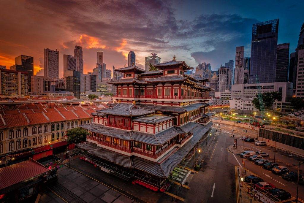 singapore chinatown walking tour buddha tooth relic temple and museum