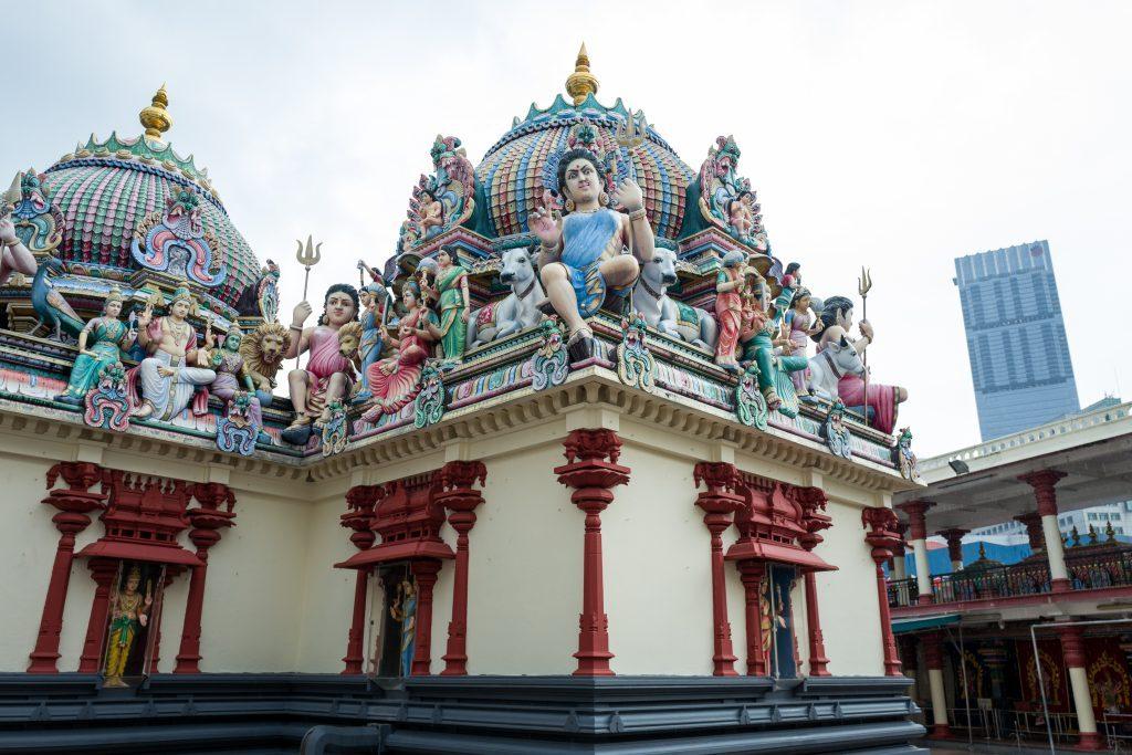 singapore chinatown walking tour sri mariamman temple