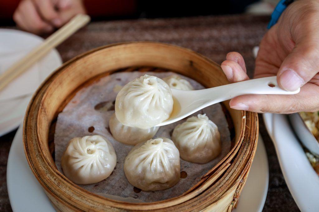 singapore chinatown food tour xiao long bao