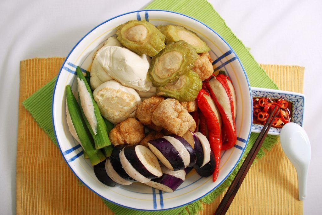singapore chinatown food tour yong tau foo